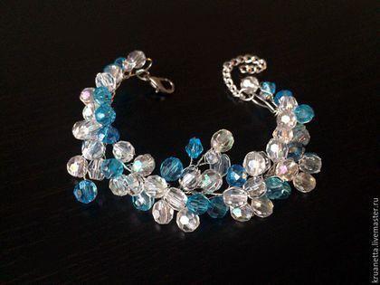 Купить или заказать Свадебный комплект 'Небесно-голубой' в интернет-магазине на Ярмарке Мастеров. Свадебный комплект (ободочек в прическу, браслет и шпилька в прическу), цвет лазурный, голубой топаз. Идеально подойдет для свадьбы в голубых тонах, как для белого платья, так и для платья цвета 'слоновая кость'. Также такой комплект подойдет для подружки невесты. Цена всего комплекта - 1850руб. Если заказывать по отдельности: Ободок - 1100 руб., Браслет - 600 руб., Шпилька - 200 руб.