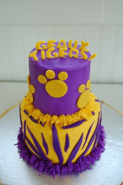 LSU Geaux Tigers By tgoodaker on CakeCentral.com