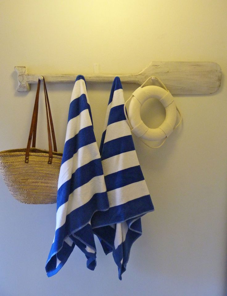 broad coastal stripes. . .authentic details: oar for hooks <3