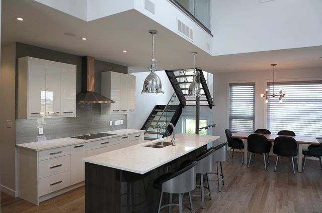 Having bright sunlight shine in as you enjoy a meal is why you chose to build a custom home. Especially in climates where the sun sleeps more then it is awake for parts of the year.  #BuildDifferent #DreamHome #YQR #ModernHome #CustomBuild #CustomHomes #quality #modern #original #home #design #imagine #creative #style #realestate #trueoriginal#architecture #dreamhomes #interior #YQRbuilds #construction #house #builder #homebuilder #showhome #beautiful #preparation #dream #DamnGoodHouses