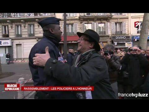 Marche Républicaine : Le CRS embrassé par un manifestant ! 11/01