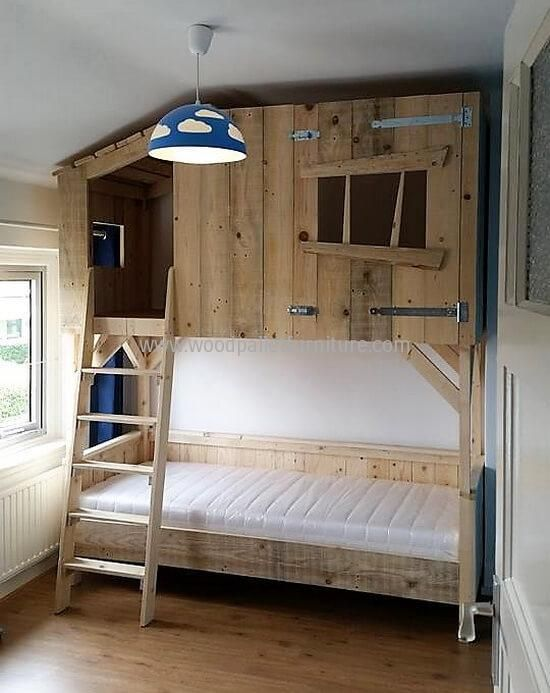 Marvelous Treehouse Bunk Bed Plans And Diy Wood Pallets Tree House