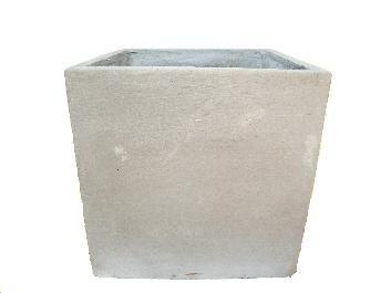 Preço: R$ 153,00 unidade. Porte/Tamanho: 50cm alt. x 50cm boca http://www.tirolplantas.com.br/