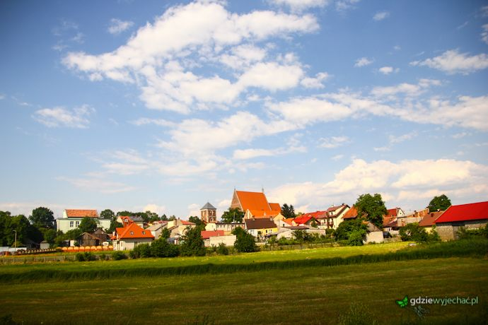 Ponidzie. Panorama Wiślicy - było blisko, by była to stolica Polski http://gdziewyjechac.pl/28371/