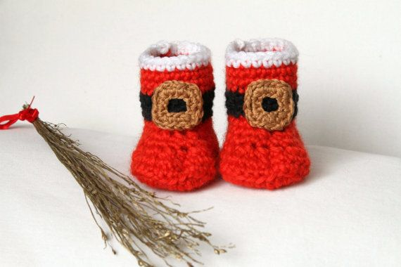 Instant download - Santa Claus Christmas Baby Booties Crochet PATTERN 3-6 months in PDF