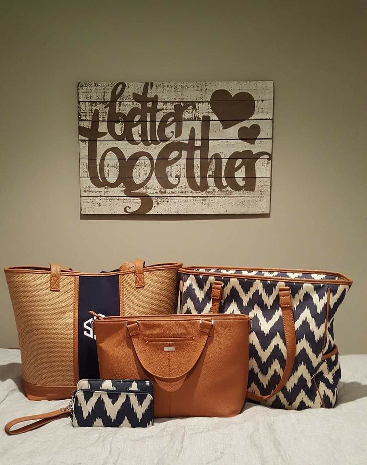 Thirty-One Gifts Big Dreamer, Miles of Style, Cindy Tote, and Perfect Cents Wallet