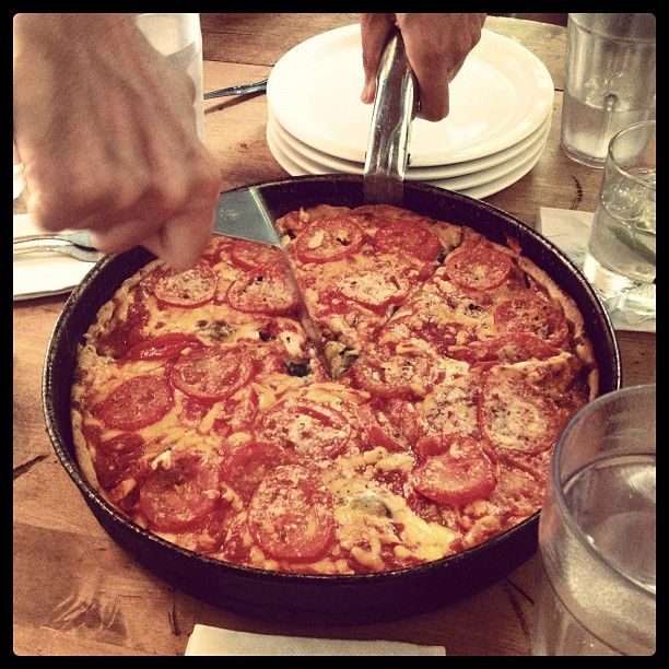 zernickk's photo of Lou Malnati's Pizzeria on Instagram