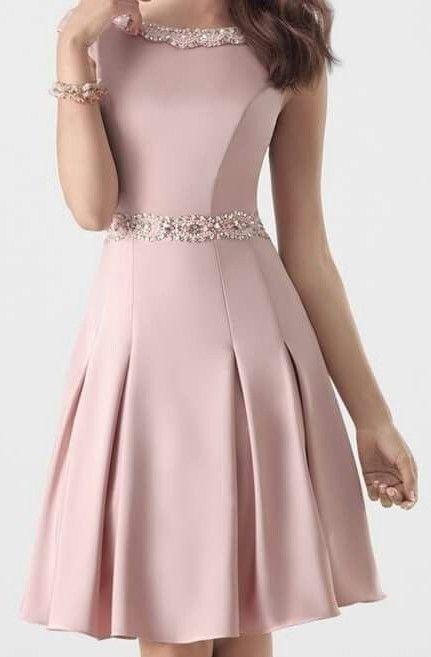 rochie midi roz pudra de ocazie cu detaliu auriu in talie – craftIdea.org