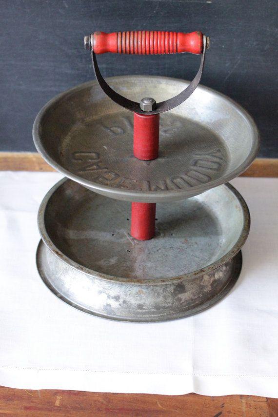 Pie Tins repurposed: Google Search, Cakes Pan, Plates Repurposed, Pies Pans, Thrift Stores, Repurposed I, Fun Ideas, Tins Repurposed, Pies Tins
