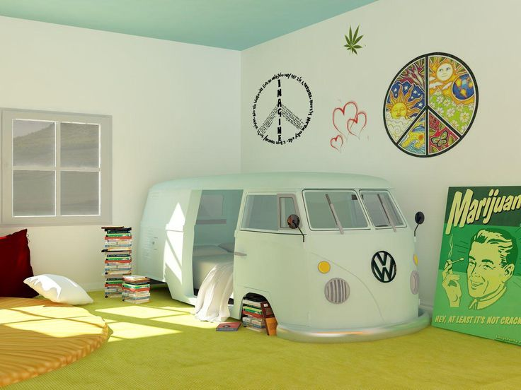 Cute 60's-style bedroom for a kid...less the poster that is... :-)