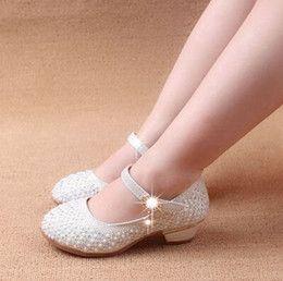 Niñas zapatos de los niños zapatos de princesa 3cm talones de correa de hebilla princesa de los niños muchachas de los niños de los remaches zapatos de los niños zapatos de cuero de zapatos de las muchachas