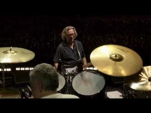 Eric Clapton and Steve Winwood - Voodoo Chile Blues (Crossroads Guitar Festival 2010)