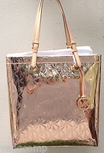 Michael Kors Rose Gold Metallic Mirror Leather Accent Large Tote Bought This Yesterday Sumptuous Hats Handbags Shoes Pinterest