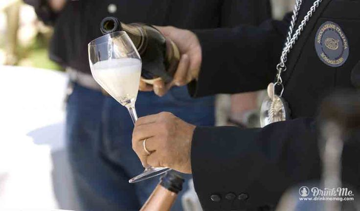 Enjoy Prosecco Superiore DOCG at Vino in Villa