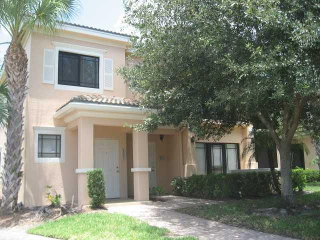 For Lease $1750/mo 3 Bedroom Townhouse in San Matera, #PalmBeachGardens #Florida #AgentFerguson #realestate #luxury #home #ask4ferguson #homesforsale #buy #buyingah home #floridarealestate #paradise #buyrealestate #SutterandNugent #beach #closed #sellyourhome #soflo #SaltLife #follow #followme #tagtribes #realtor #vacation #beach #blog #goodlife #Share For a Private Showing..Call The Ferguson Team Today 561-440-3830 Not list agent. Courtesy of Jupiter Light House RE