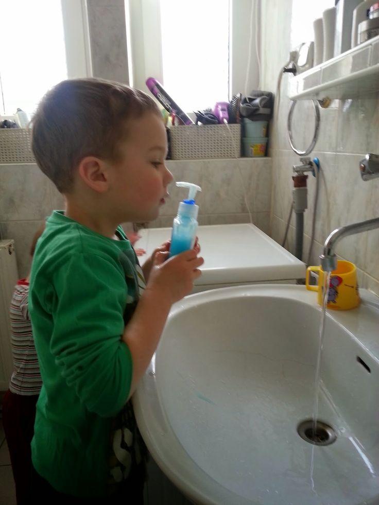 MAMO WIESZ ...?: Carex - mydło dla moich dzieci