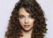 , Ein Must-have-Liste: Curly Frisuren für den Winter ,  Natürlich lockiges Haar hat seine Höhen und tiefen...in Bezug auf die Stile, die ist! Nicht stecken in einer Furche und tragen Sie Ihre locken das ... , Friseur , http://zolf.net/ein-must-have-liste-curly-frisuren-fur-den-winter.htm ,  #einmust-have-liste:curlyfrisurenfürdenwinter #lockigeshaar,