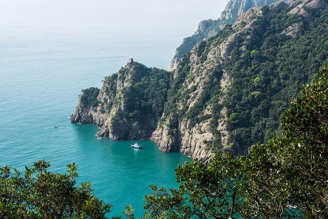 San Fruttuoso bay near Portofino! Discover more on our blog post! [ph. credits by renagrisa]