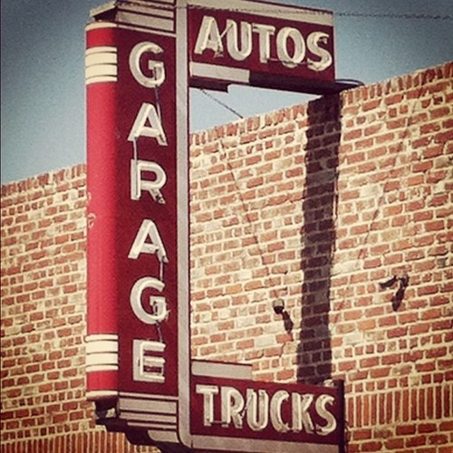 Vintage Garage Ideas: Best 25+ Garage Signs Ideas On Pinterest
