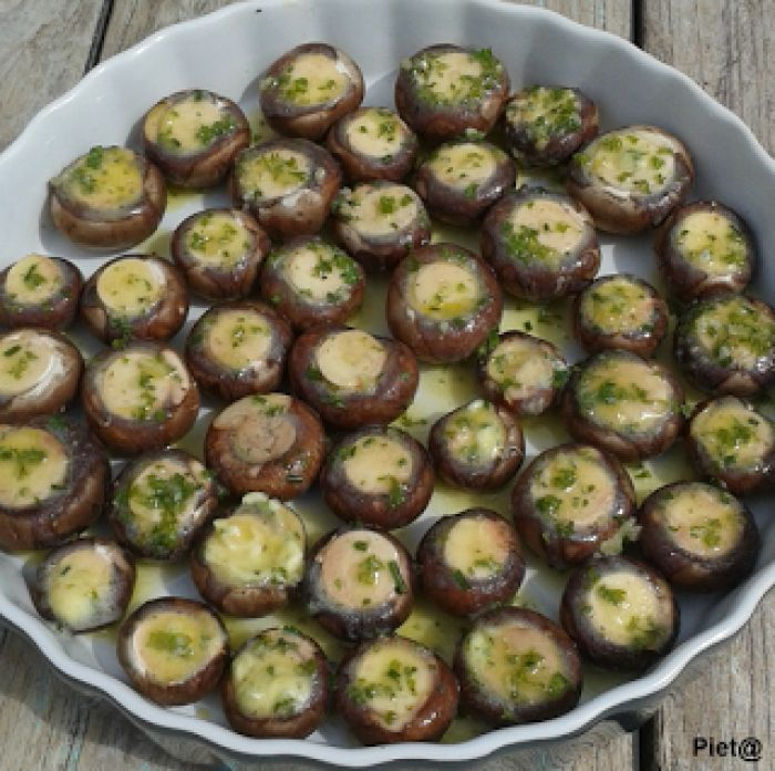 Champignons met kruidenboter uit de oven, heerlijk bij de BBQ