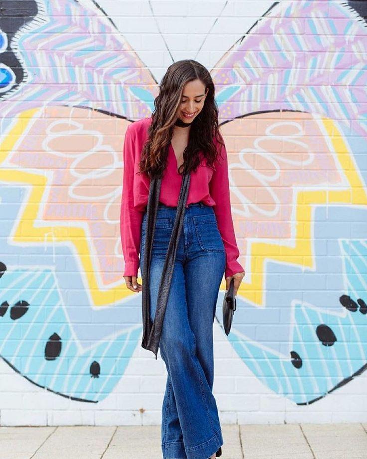 Maria Ignacia Carrasco luce un outfit casual y chic y complementa su look con el artecallejero 👑 #modachile #fashionblog #difundimosmoda