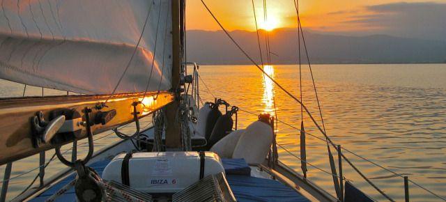 Navegando por la bahía dels Alfacs en el Buterfly. Delta del Ebro
