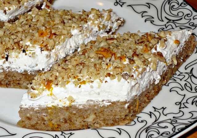 Posni kolač sa orasima