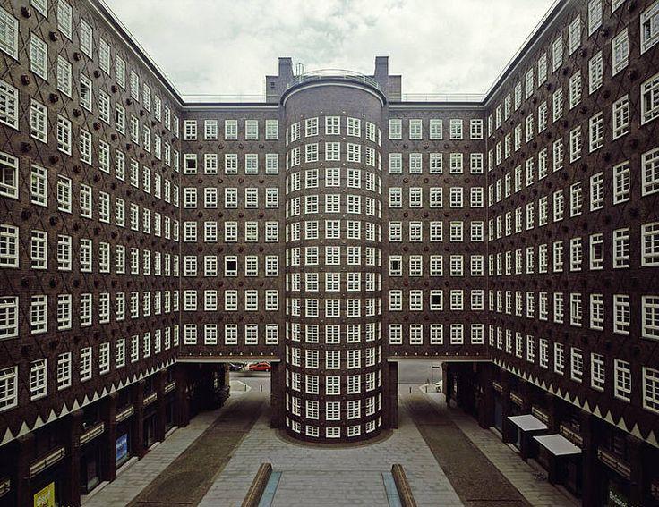 Sprinkenhof, Hamburg .. https://de.pinterest.com/glamensch/hamburg/