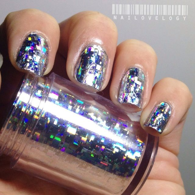 We Love Nail Foils At Thenaileditbox Lacquerheads Of Oz Tutorial How To Ly Gel And Acrylic Nails In 2018 Pinterest