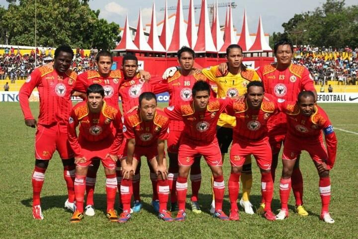 Skuad utama 2013, minus Pagbe