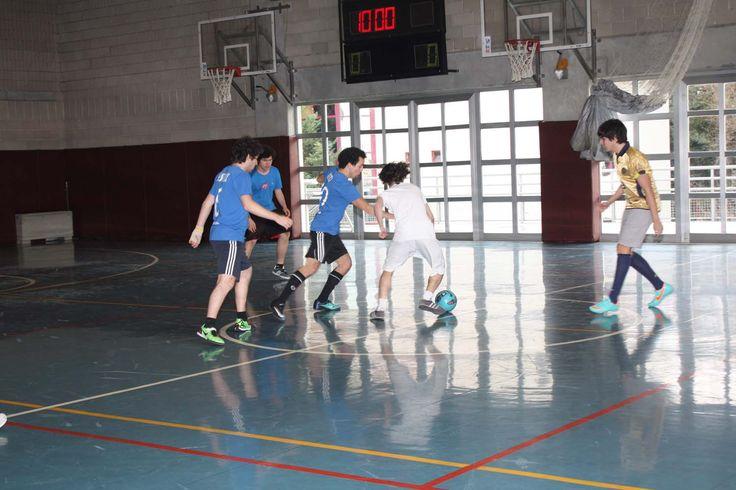 Spor dallarında yetenekleri gelişmiş bireyler. (VOLEYBOL-BASKETBOL-TENİS-FUTSAL-KROS-ORIENTIRING OKUL TAKIMLARI)