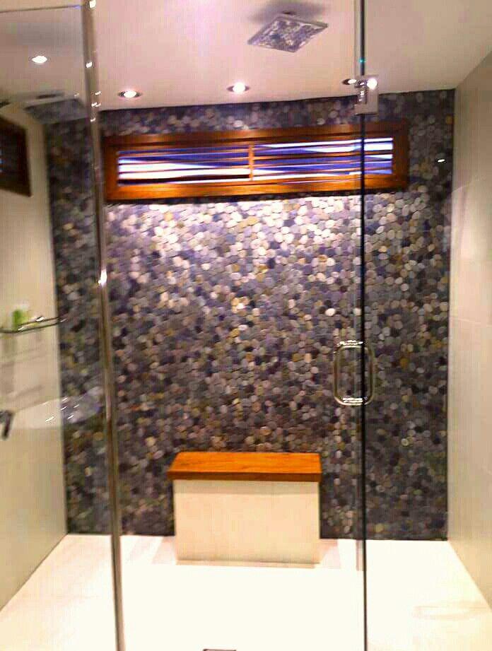 Double shower - Westin resort and spa Denarau Fiji .