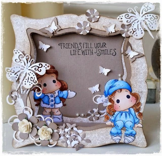 Handmade by Krista: Friends fill your life with smiles: http://www.handmadebykrista.com/2015/01/friends-fill-your-life-with-smiles.html