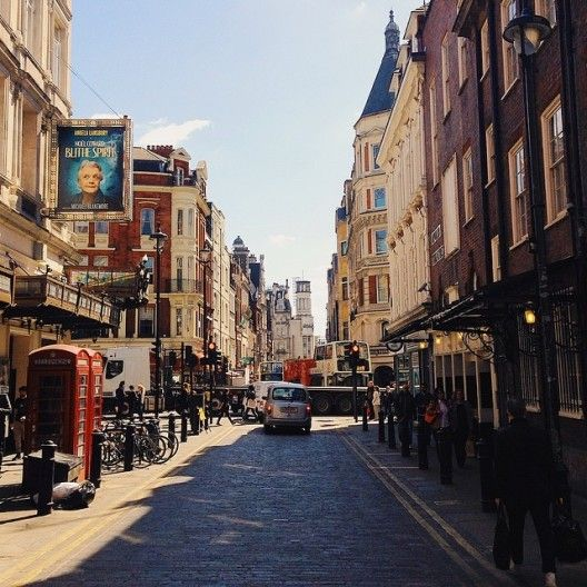 39 Luscious Photos Of London S Busy Beautiful April Now Here This Time Out London