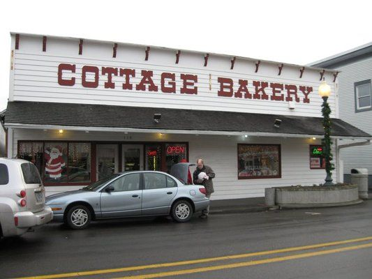 Cottage Bakery and Deli- Long Beach Washington again, this is the spot for baked crack in Long Beach....