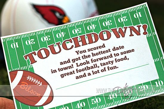 Touchdown!  A Football Date that Scores!  My football-lovin' husband would LOVE this!