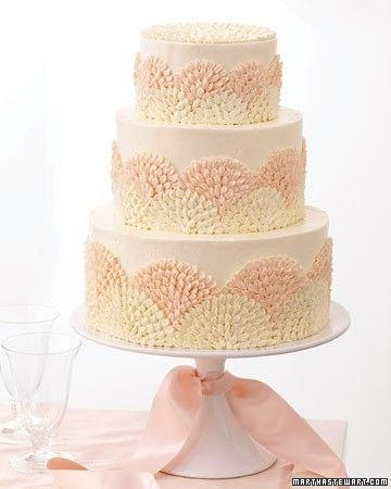 gorgeous cake inspiration for a girl baby shower. Add a crown on top and perfecto! Elegant baby girl shower accomplished!