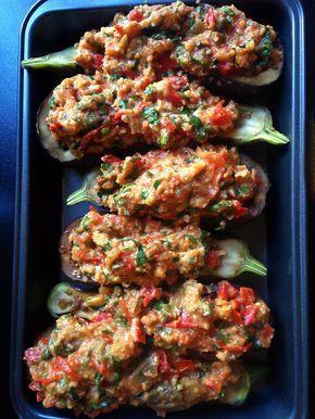 Culy.nl - Succes verzekerd: gevulde aubergines uit de oven -