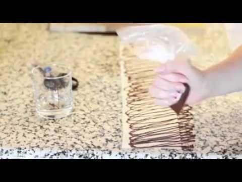 Pratik Pasta Kenarı Süsleme Yöntemi #pasta #pastalar #pastasusleme #tatlilar
