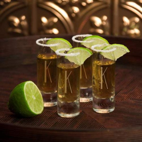 Sleek and classy, this personalized set of 4 Island shot glasses adds a little pizzazz to any home bar. Ideal as a wedding present or groomsmen gift, these attractive glasses are contemporary in style and include an etched initial on each.