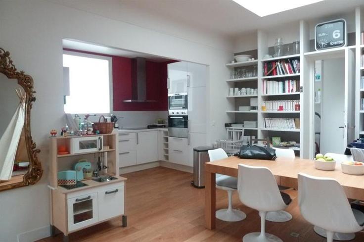 Vous cherchez un bien immobilier sur Paris ? L'agence Immopolis possède dans son portefeuille un lumineux duplex de 112m² situé vers Mairie de Saint Ouen