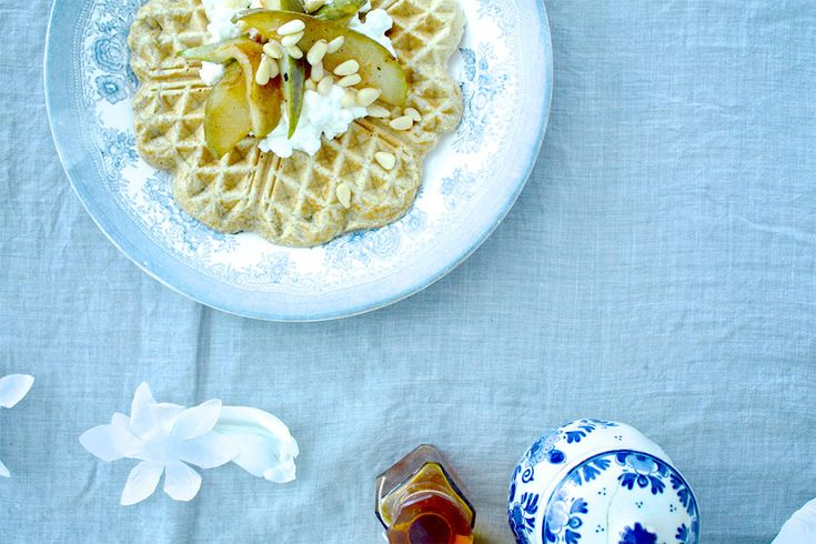 Healthy and delicious waffles for breakfast and lunch <3   #food #love #interior #healthy #recipes #waffles #interiordesign #breakfast #lunch #cooking