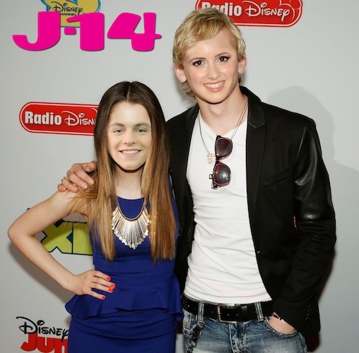 Did laura marano really dating ross lynch in austin and ally