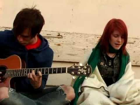 Paramore - Pressure (acoustic)(download @ live-pulse.com)