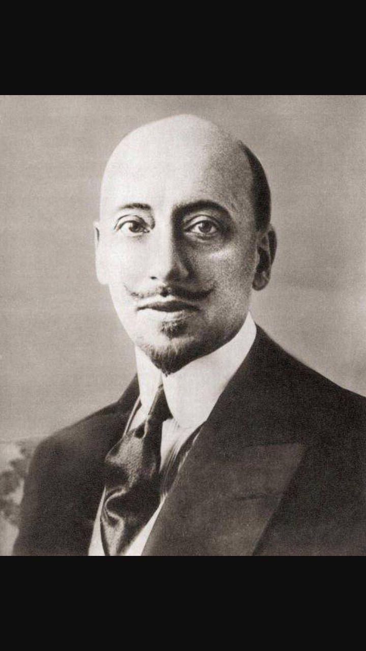 Gabriele D'Annunzio, amico di Pascoli.