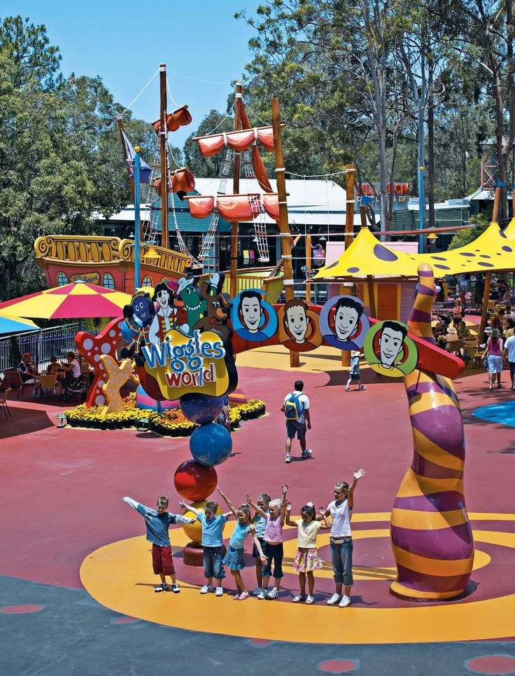 Wiggles World at Dreamworld. Home of the teacups ride! ;) #patchholidayfun