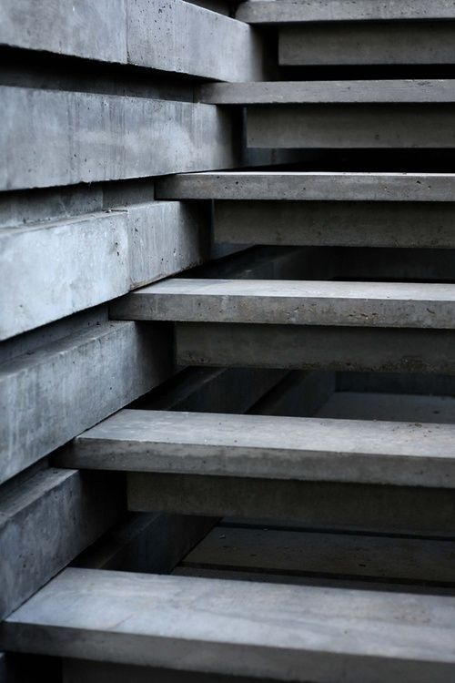 Concrete slabbed staircase design http://ITCHBAN.com // Architecture, Living Space & Furniture Inspiration #06