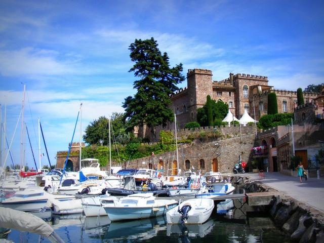 Theoule-Sur-Mer is a small harbour village 15 minutes from Cannes, Côté d'azur