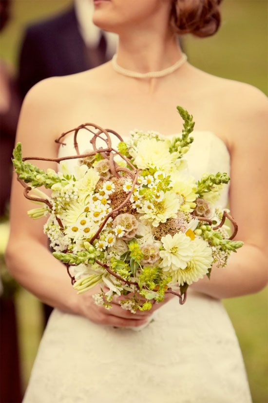 Premium Flowers: Wedding Themes: Vintage Bridal Bouquets