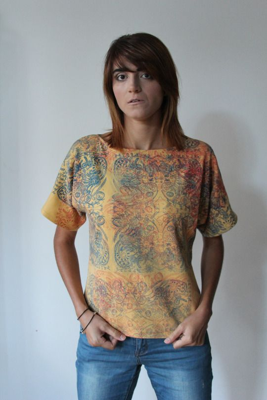 Flower print on t-shirt /blue and pink/